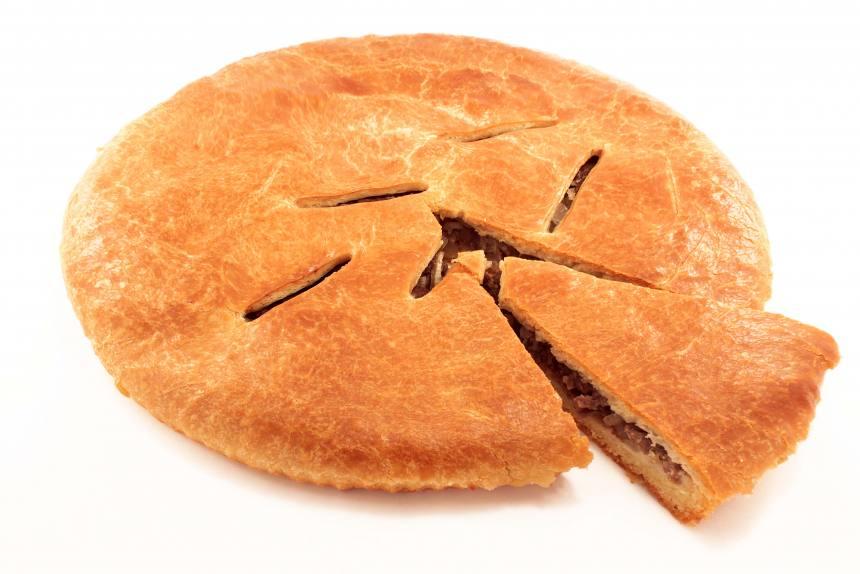 Пирог с говядиной и свининой 1кг