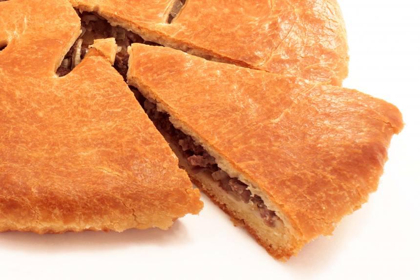 Пирог с говядиной и свининой 0,5кг